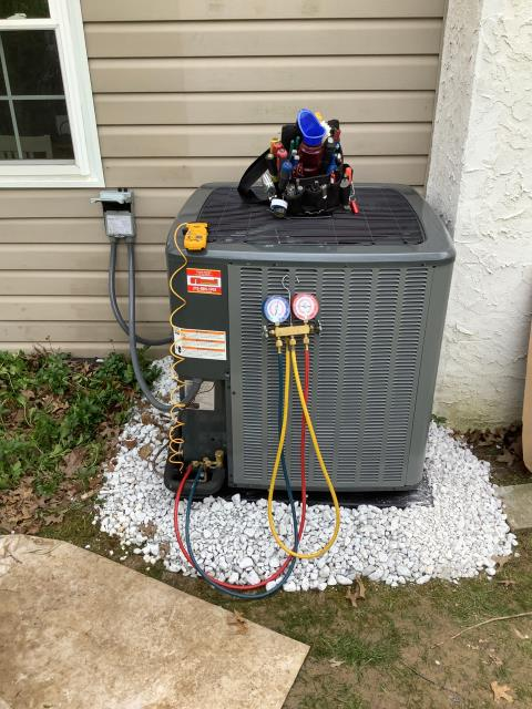 Horsham, PA - Supplied and installed new Amana Heat Pump to make this valued customer more comfortable