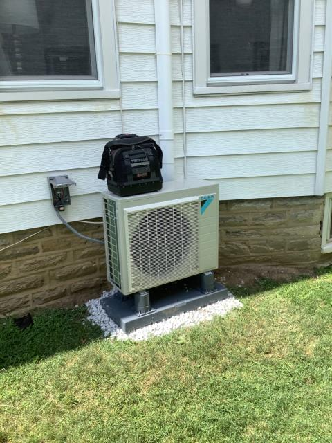 Made older home more comfortable for our valued customer to work..... the third floor had ductwork but was on average was 20 degrees warmer then first floor.  We installed a Daikin Mini split comfort system.