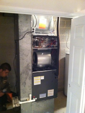 Hatfield, PA - New 3 ton 14 seer heat pump