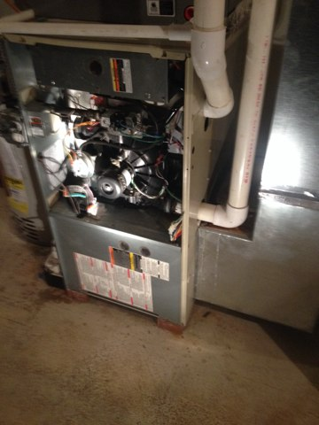 Warwick, PA - Heat Inspection and blower fan pull and clean, very dirty job!!!