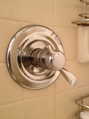 Melrose Park, PA - Plumbing repaire. Supply and install a new shower valve