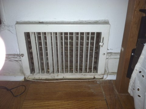 Cheltenham, PA - Replaced heat 7 heat vents