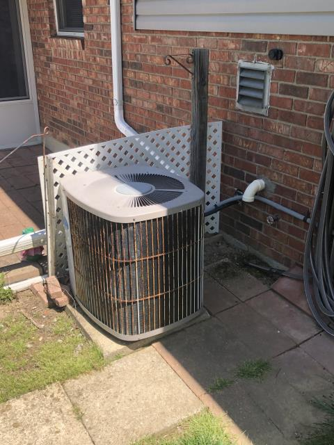 Fairfield, OH - I removed a Tempstar Gas Furnace and Carrier Air Conditioner.  I installed a Five Star 96% 80,000 BTU Gas Furnace and a 16 SEER 2.5 Ton Air Conditioner.  Cycled and monitored the system.  Operating normally at this time.  Included with the installation is a free 1 year service maintenance agreement.