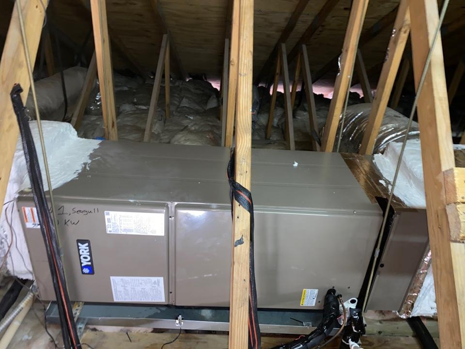 Bradenton, FL - One system air conditioning install