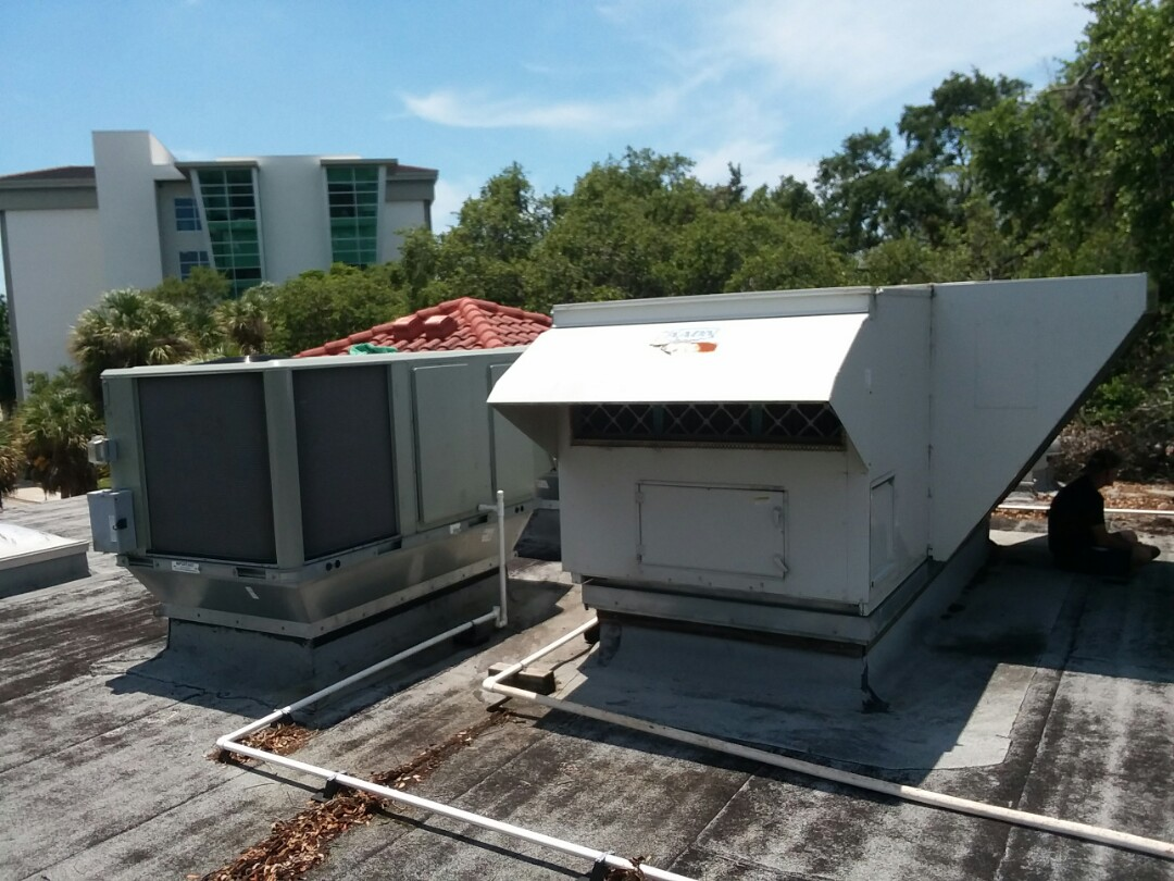 Sarasota, FL - Commercial Trane and Aaon maintenance and repair