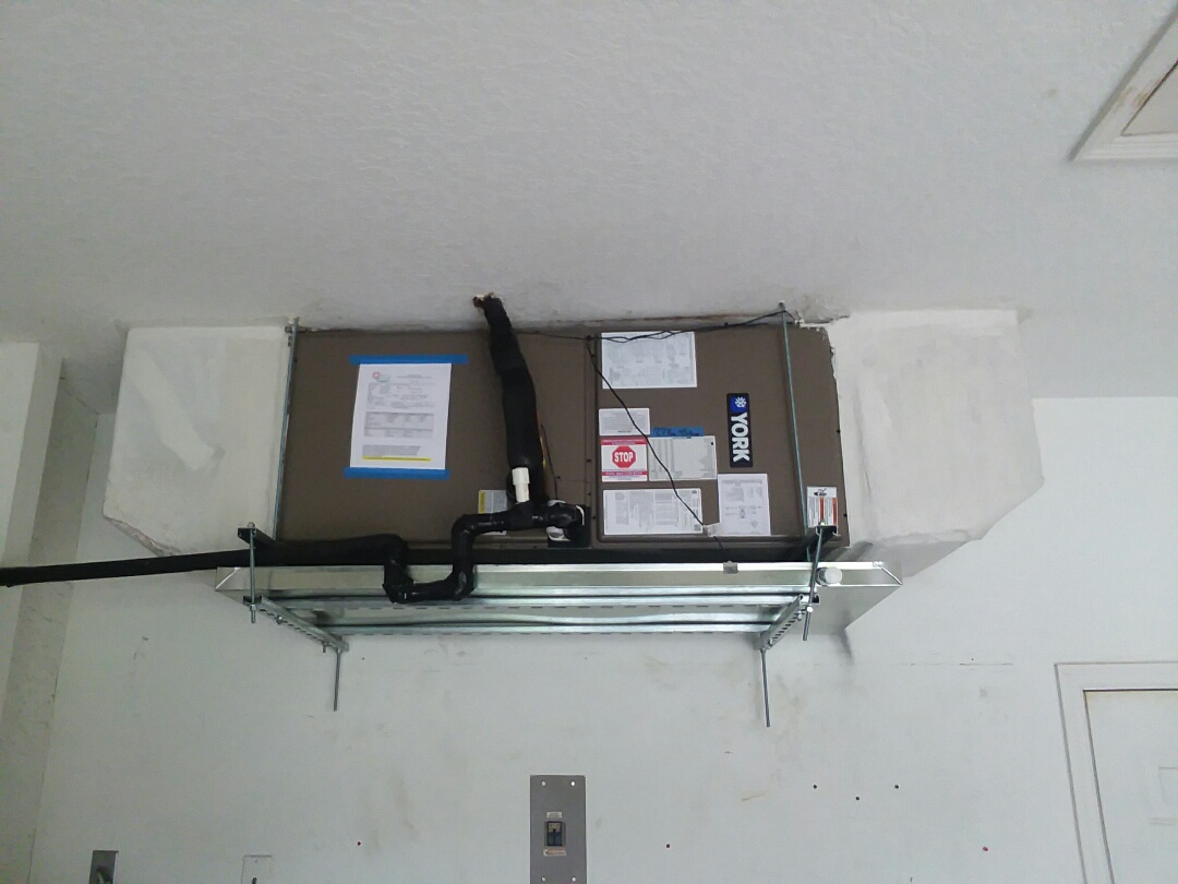Bradenton, FL - New, York 3.5 ton air conditioner replacement.