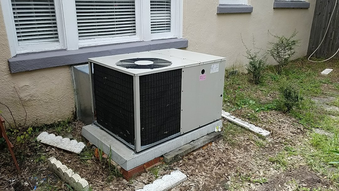 Bradenton, FL - Estimate for new duct work on air conditioning system. New customer