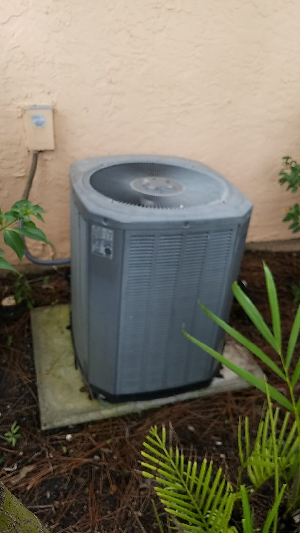 Sarasota, FL - No cool service call on air conditioner.