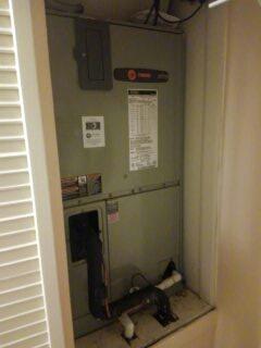 Sarasota, FL - Service / repair on air conditioner