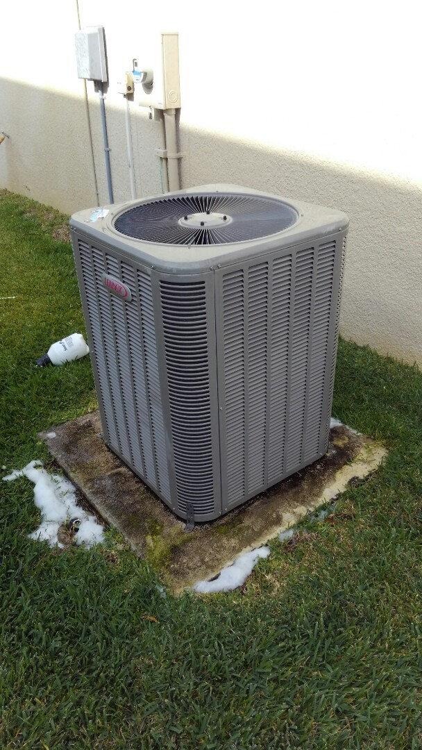 Parrish, FL - 2 ton Lennox air conditioner maintenance.