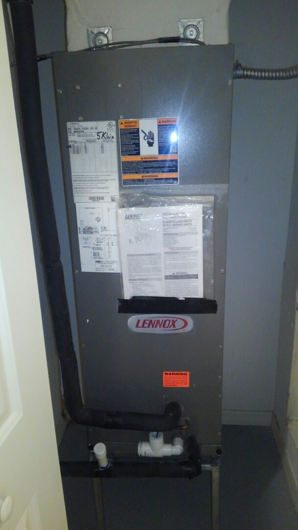 Parrish, FL - Lennox 2 ton air conditioner maintenance.