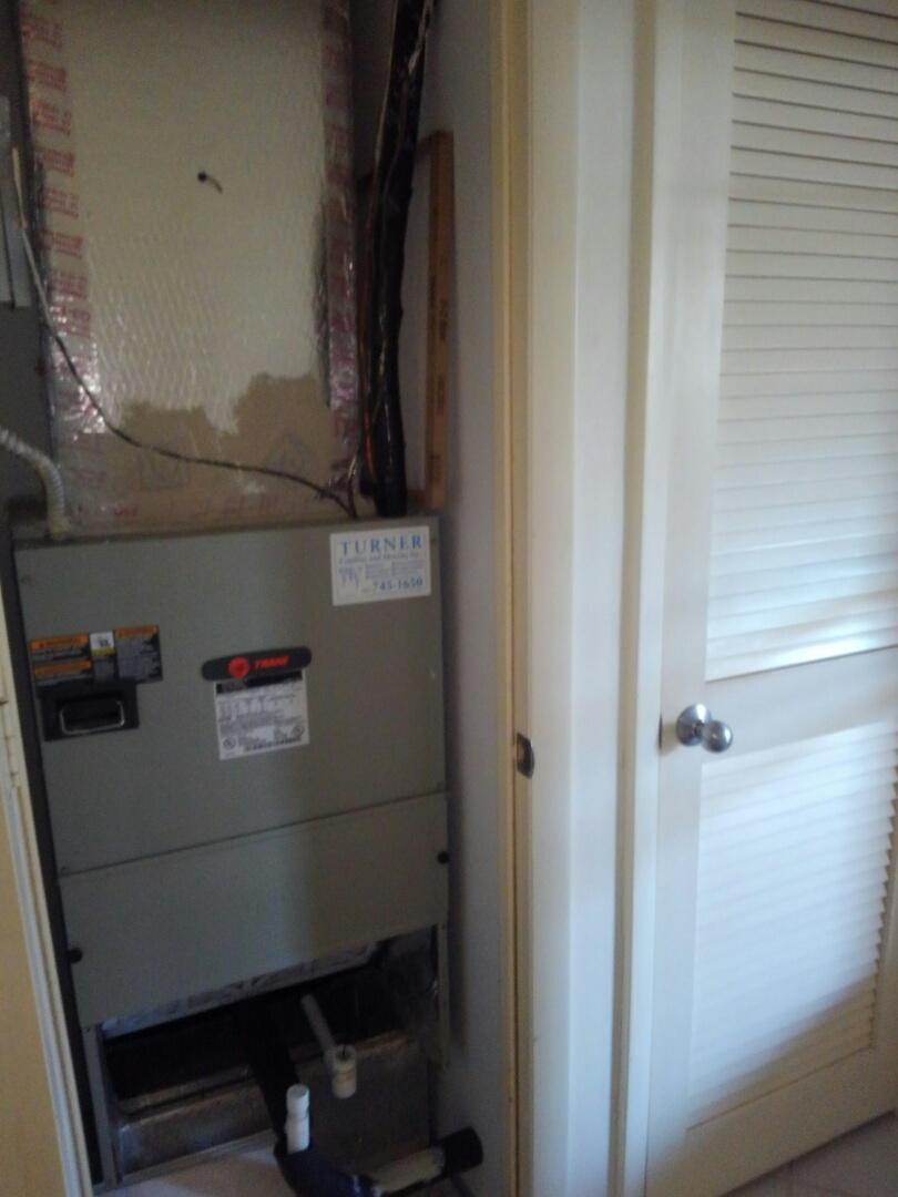 Bradenton, FL - Pinebrook condominium duct and dryer vent cleaning.
