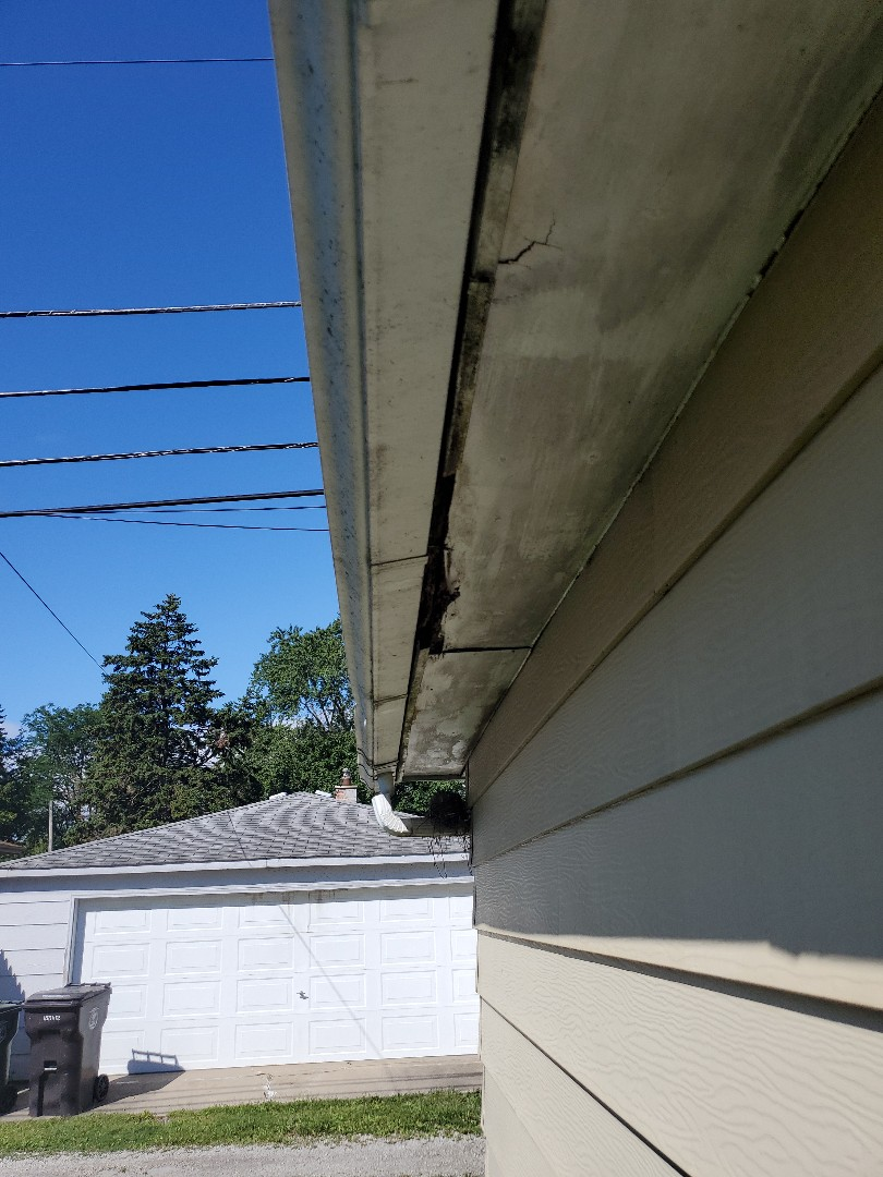 soffit fascia and gutters
