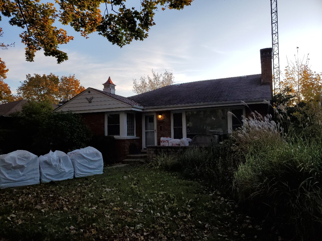 Lincolnwood, IL - starting new roof install