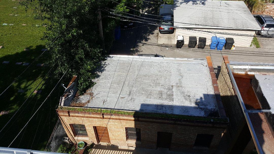 Chicago, IL - Flat garage tear off estimate