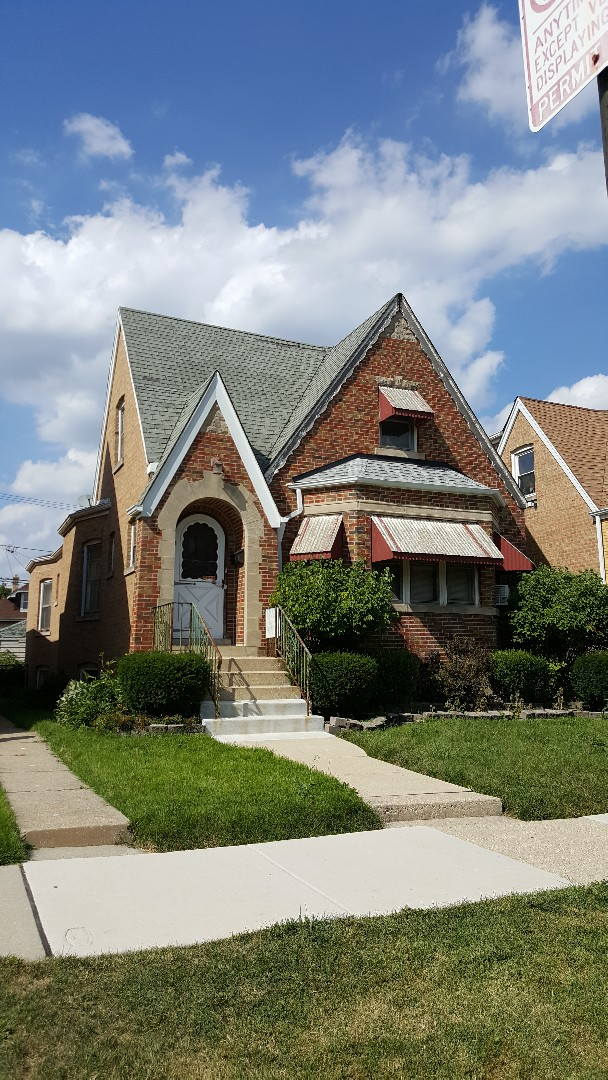 Chicago, IL - Steep Shingle roof,soffit and fascia, gutters and downspouts and tuck-pointing  Estimate