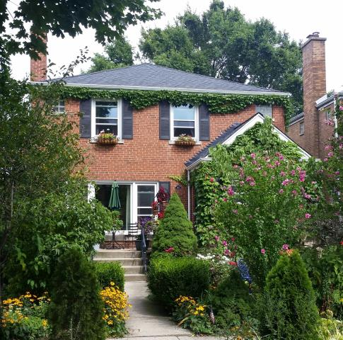 Chicago, IL - Installation of a new GAF Timberline HD (architectural) roof.  Color: Charcoal