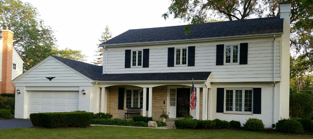 Northbrook, IL - Roof replacement completed with Owens Corning Oakridge Architectural shingles.  Color: Twilight Black