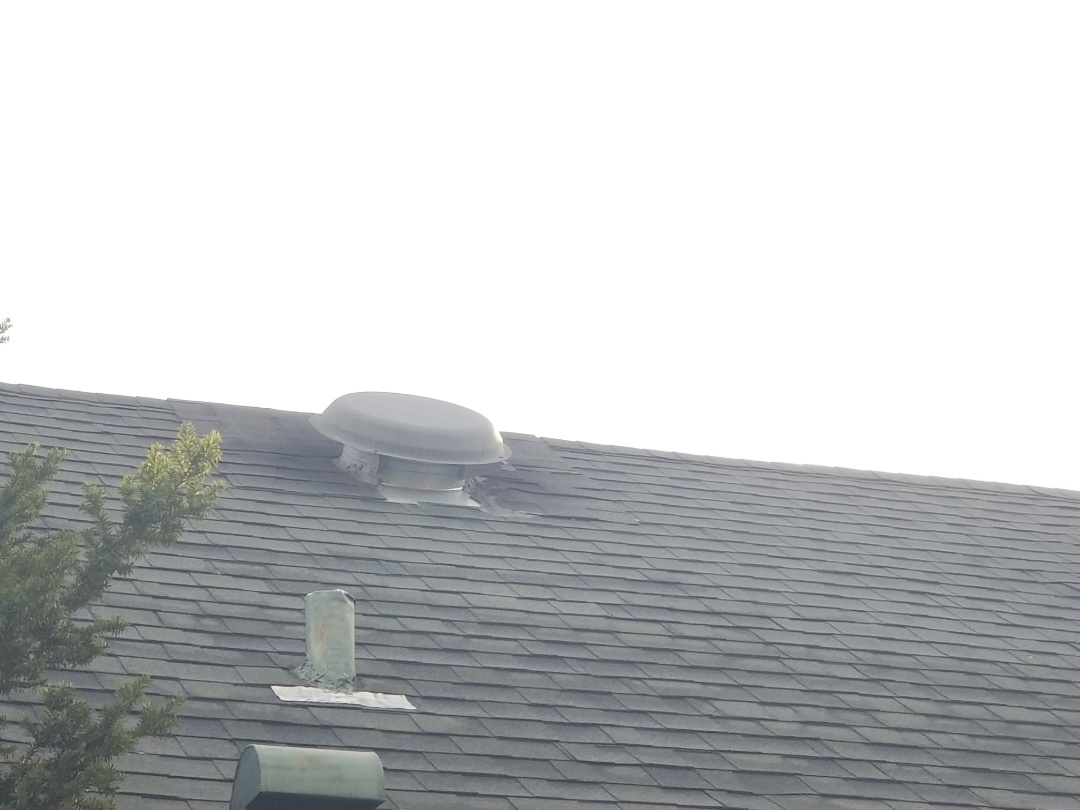 Skokie, IL - Estimating repair and asphalt shingle roof. Fixing last roofers poor workmanship.