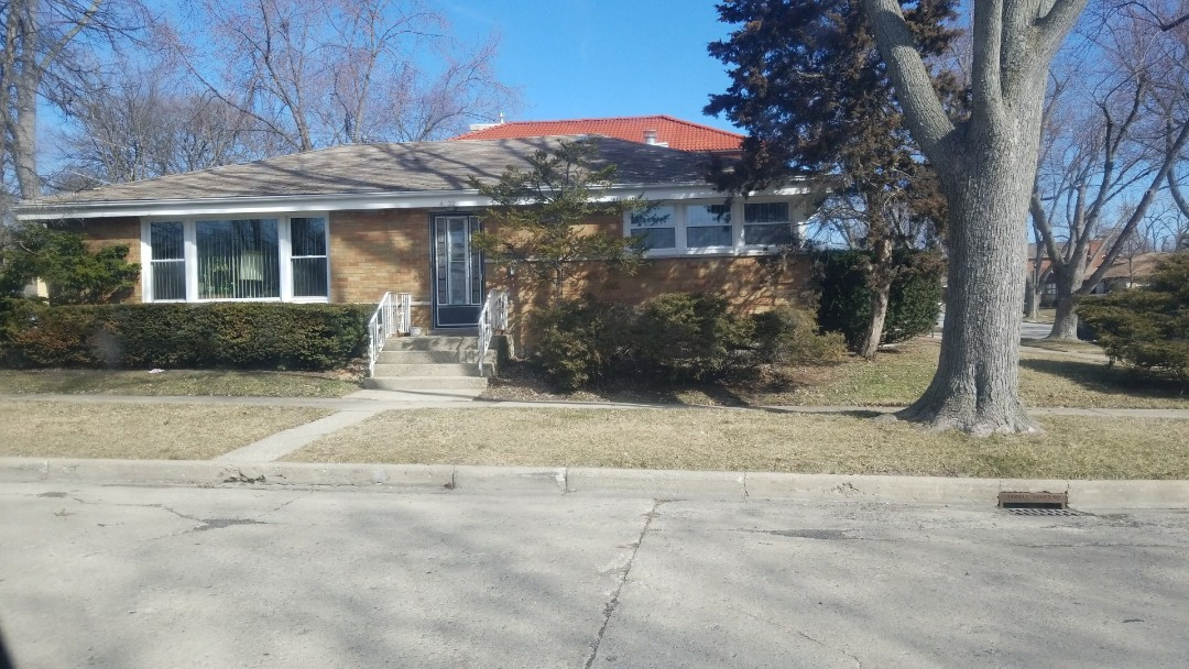 Skokie, IL - Estimate for new asphalt shingle roof