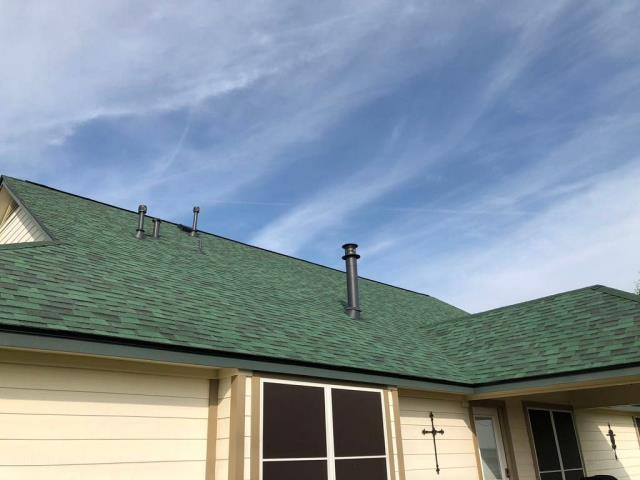New Braunfels, TX - Malarkey Vista Rain forest Shingled Roof