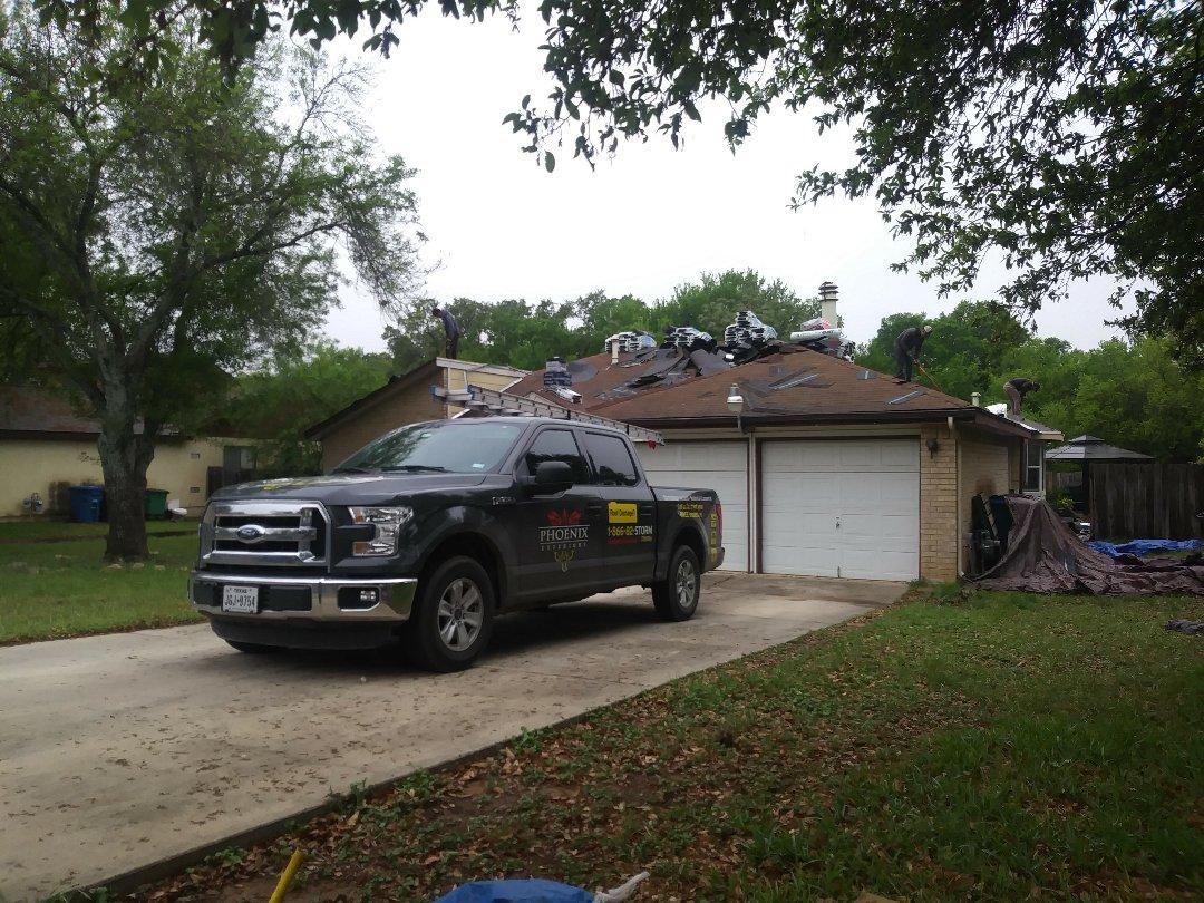 San Antonio, TX - Roofing contractors in San Antonio, TX