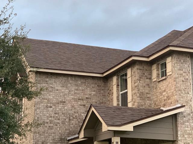 New Braunfels, TX - Beautiful new Malarkey Vista Heather Blend Shingles