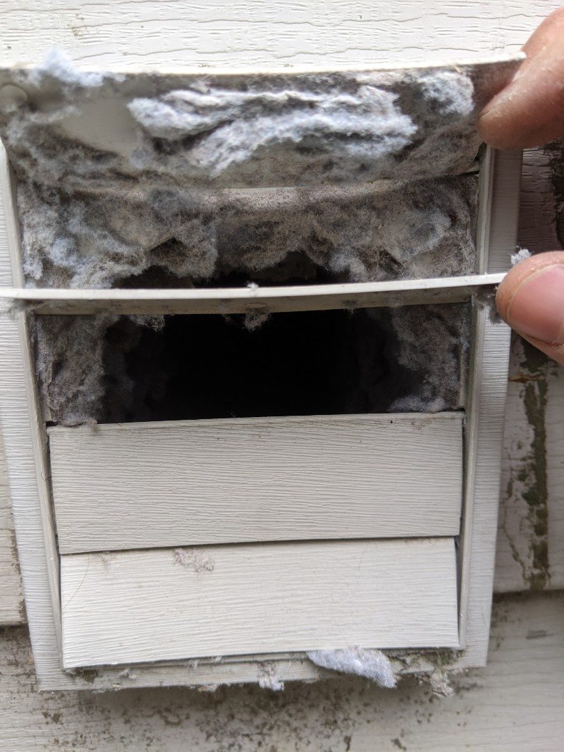 Ferndale, MI - Dryer vent cleaning