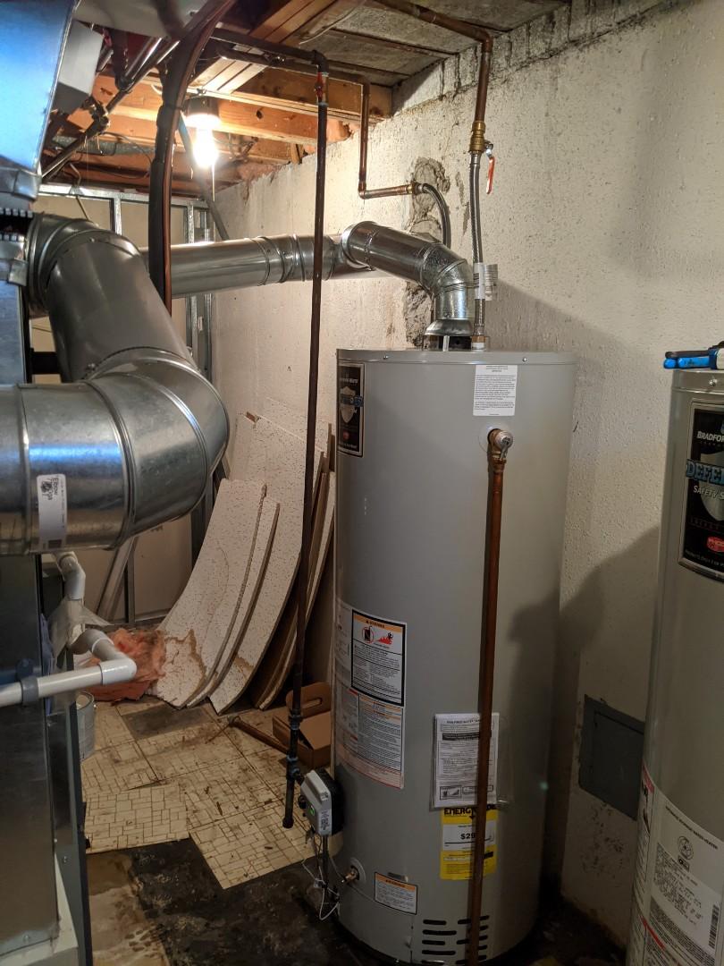 Southfield, MI - Water heater install Bradford White water heater installed