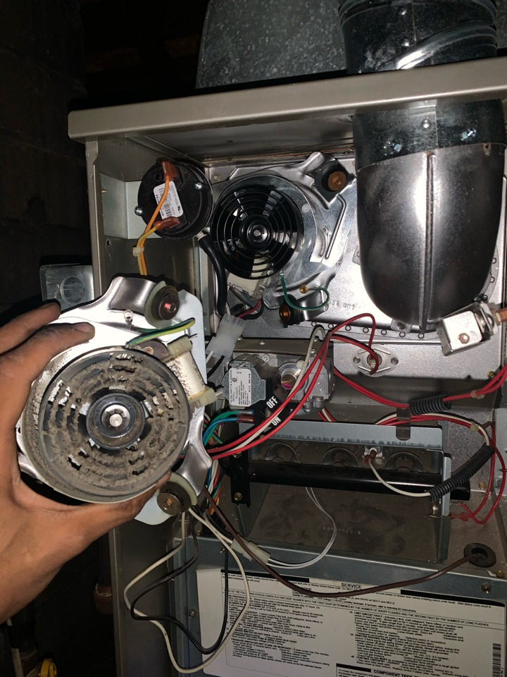 Detroit, MI - Payne Furnace, No heat: Bad Inducer Motor