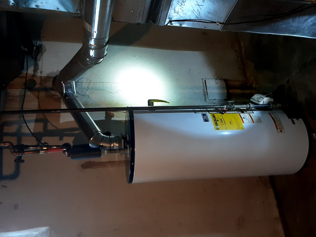 Oak Park, MI - Whirlpool 40 gallon water heater