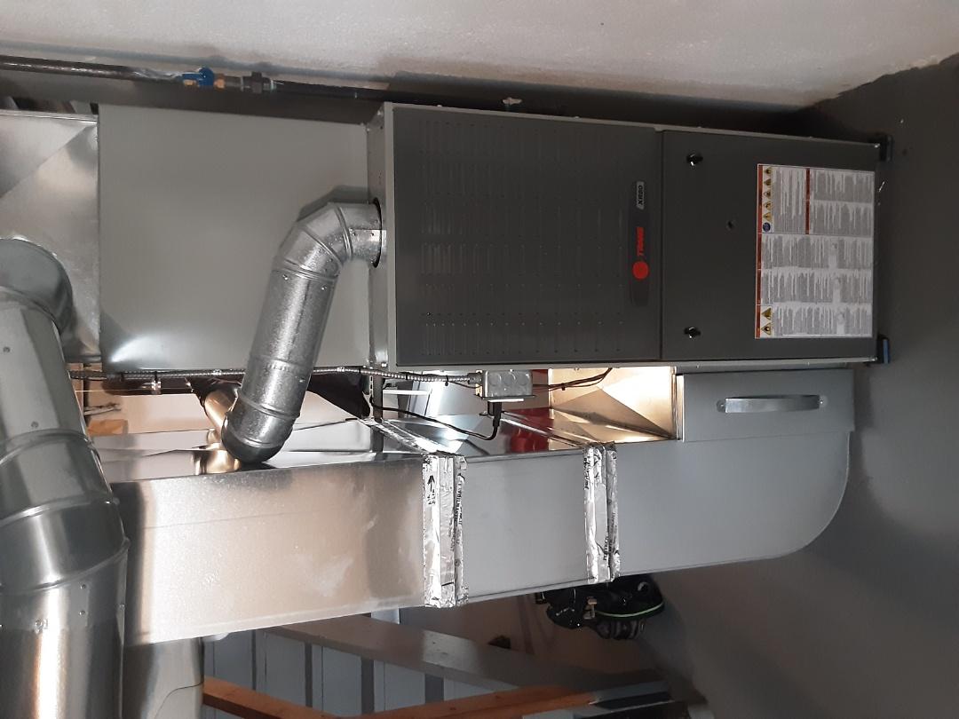 Southfield, MI - Trane XR80 water leaking from unit. Replace tube