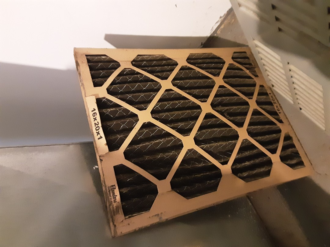 Detroit, MI - Payne furnace no heat. Bad air filter.