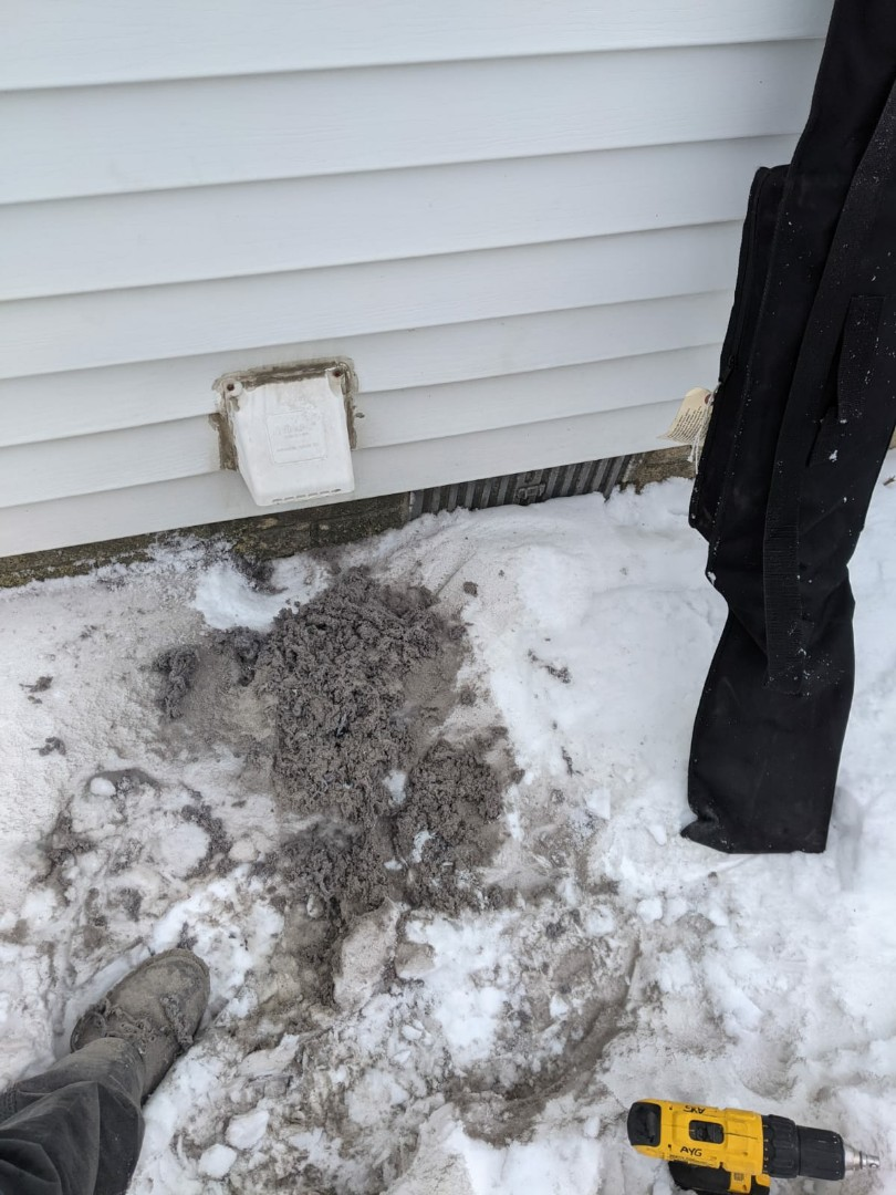 Southfield, MI - Dryer vent cleaning