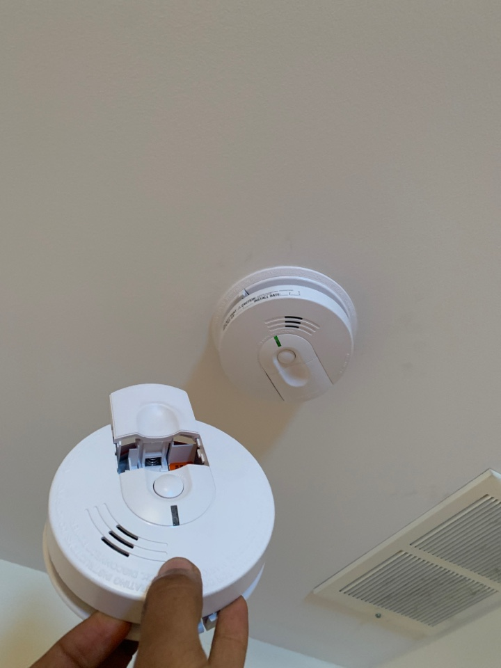 Plymouth, MI - New smoke detectors