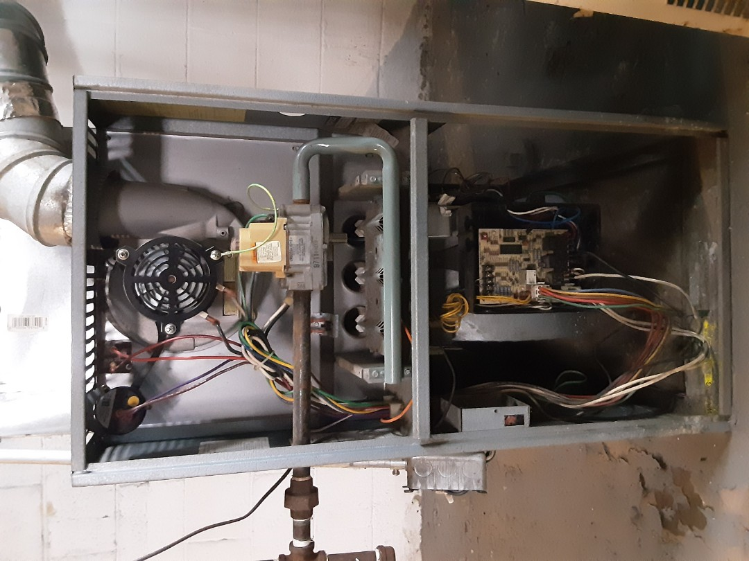 Detroit, MI - Ruud furnace cleaning