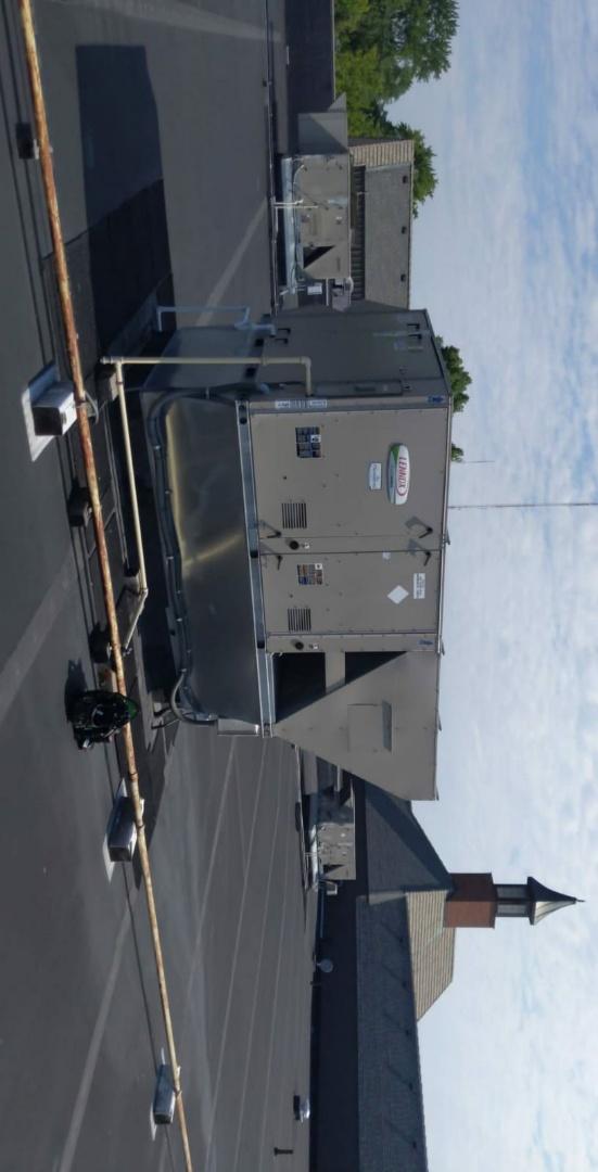 Southfield, MI - Lennox rooftop unit. New board install.