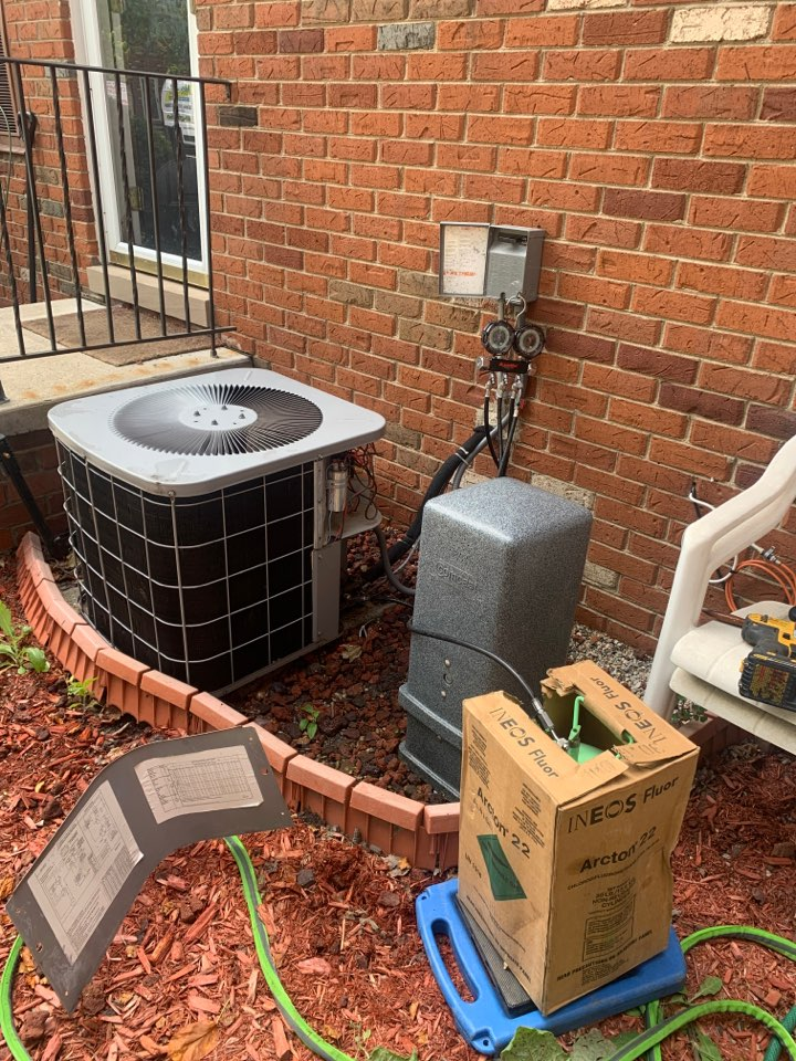 Bloomfield Hills, MI - ICP A/C, Maintenance & Charge