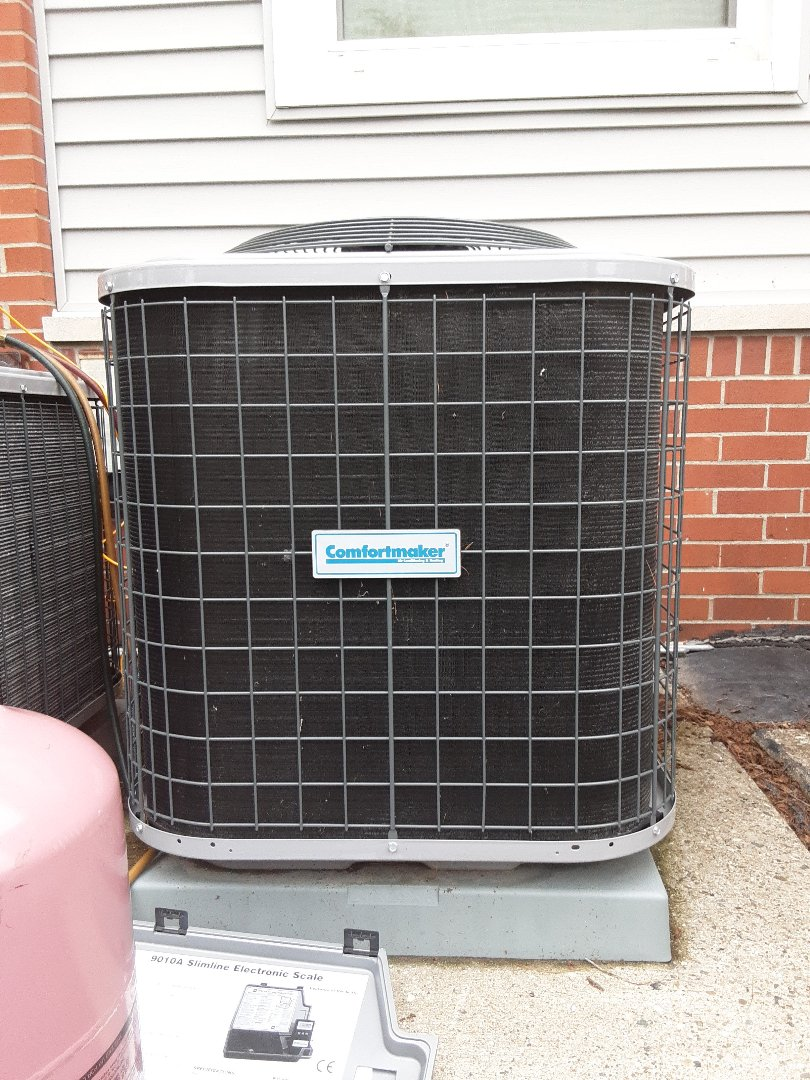 Comfortmaker low on refrigerant. Added R410A