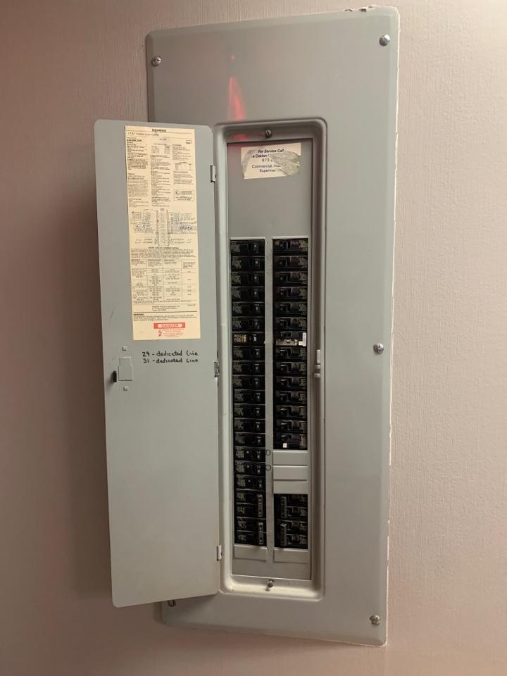 Southfield, MI - McQuad, No Cooling; Breaker Switch set to OFF