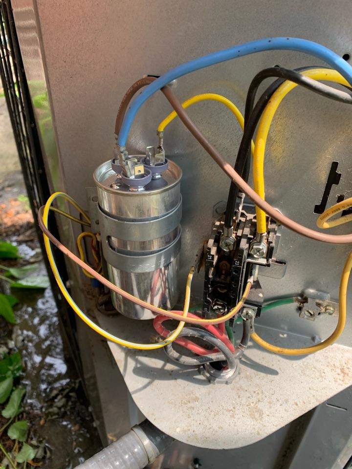 Southfield, MI - ComfortMaker, No Cooling: Bad Capacitor