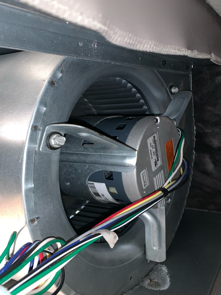 Detroit, MI - Evcon, No Cooling: Bad Blower Motor was replaced