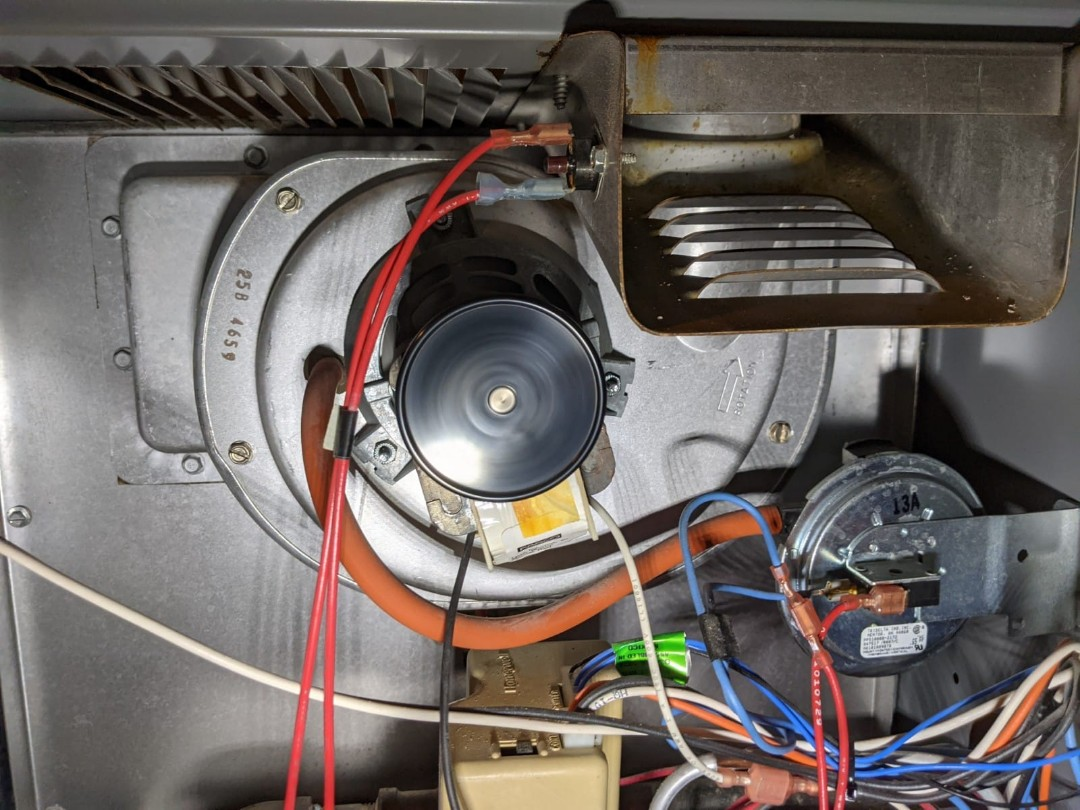 West Bloomfield Township, MI - Cofortmaker furnace and humidifier clean and check.