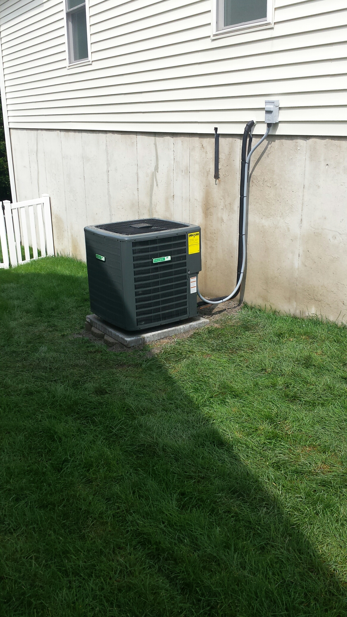 Wentzville, MO - Install new high efficiency jerry Kelly furnace and air conditioner