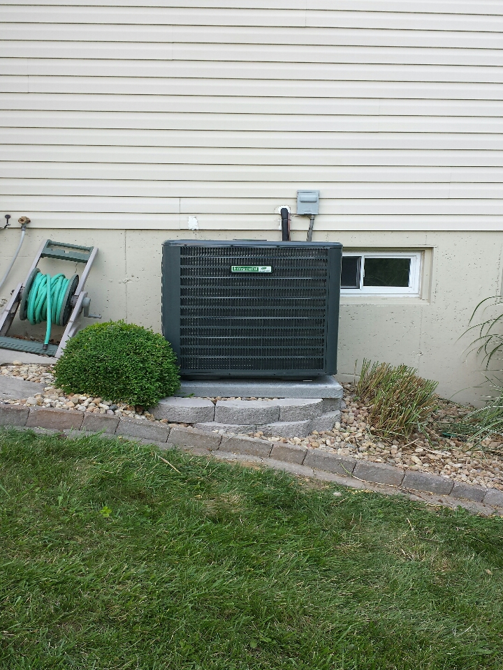 OFallon, MO - install new high efficiency jerry kelly air conditioner