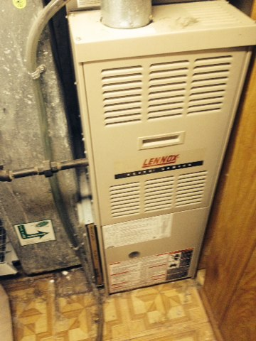 Wentzville, MO - Troubleshooting an air conditioner that broke!