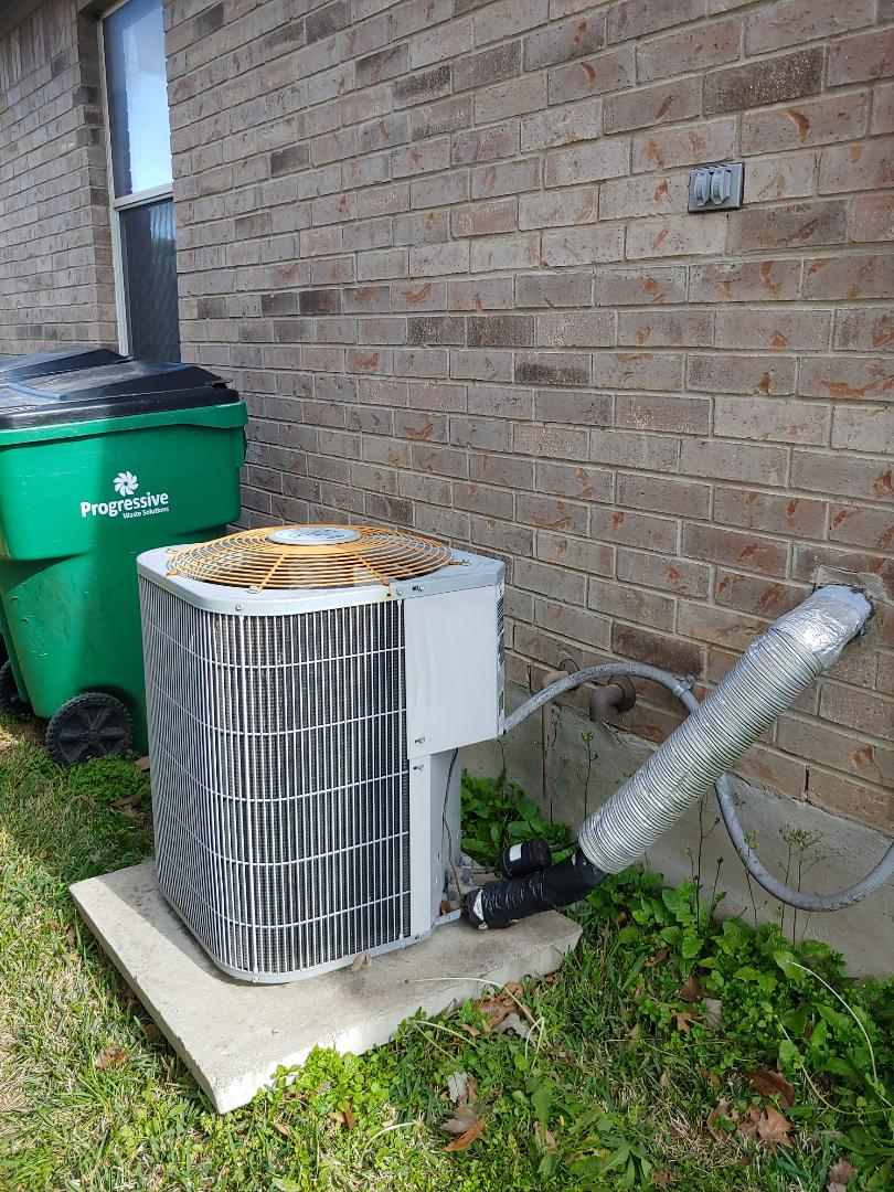 Pflugerville, TX - tune up we are doing maintenance for cooling and heating