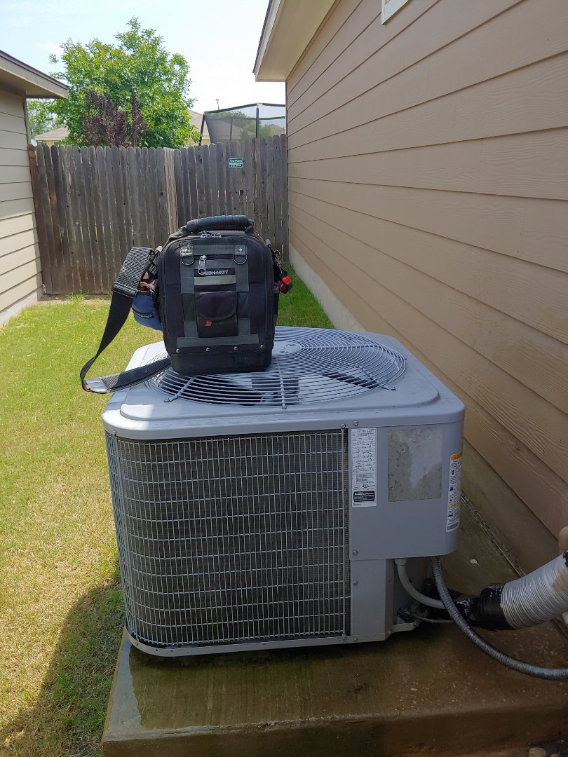 Hutto, TX - A/C tune up keep your system tune