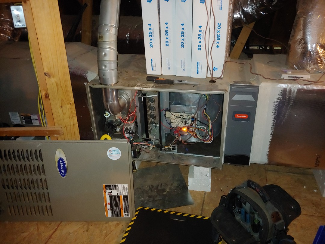 Pflugerville, TX - Service call low voltage problem. 5 tons gas system