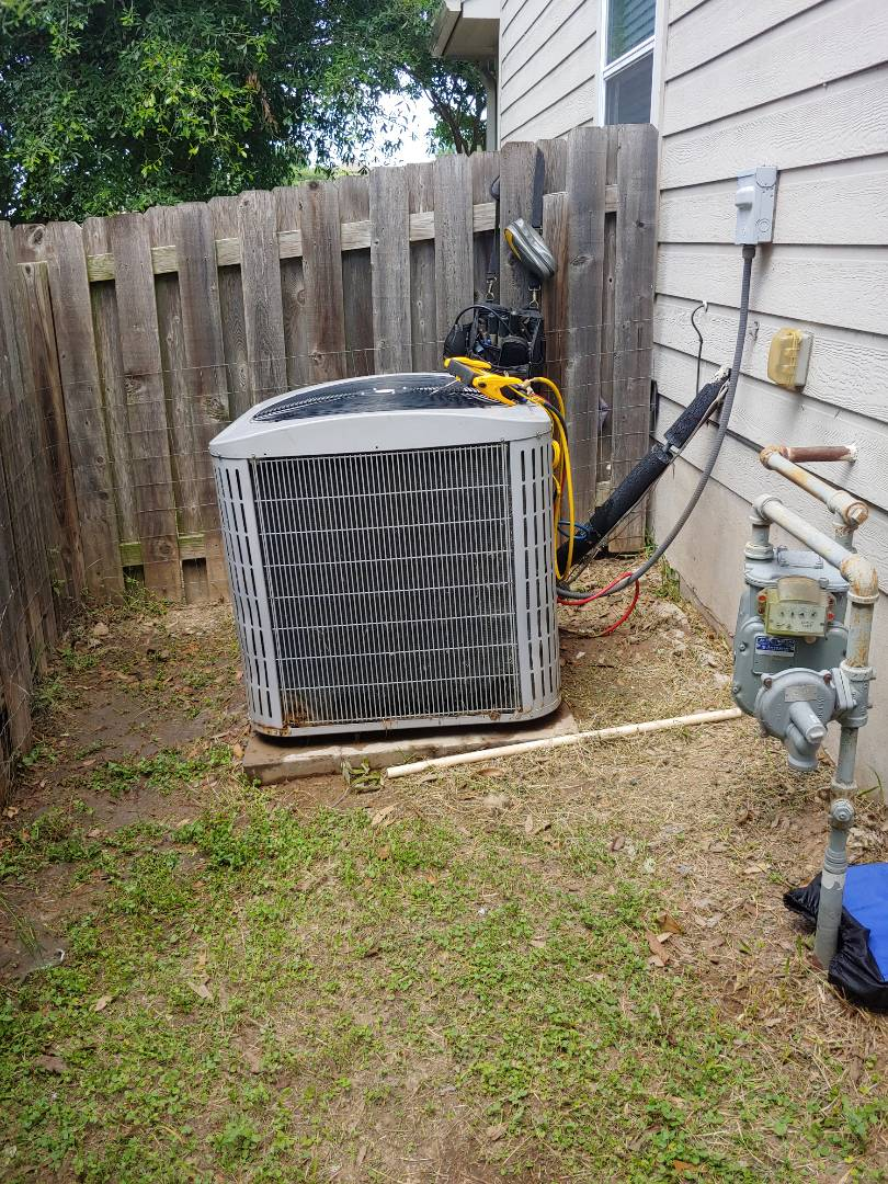 Pflugerville, TX - A/C tune up keep ypur system running